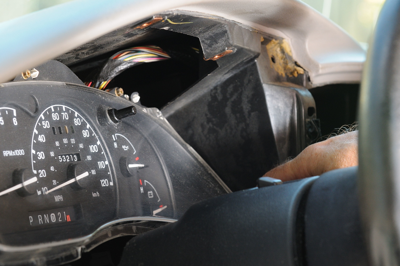 How To Replacing Instrument Cluster Lights Ranger Forums The 1999 Ford F150 Pickup Wiring Diagramthe Clusterspeedo Step 11 Gently Pull Out From Right Side Far Enough Reach 3 Electrical Connectors Have Release Tabs